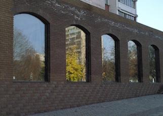 Остекление арочных витрин - точные замеры проемов и грамотное проектирование